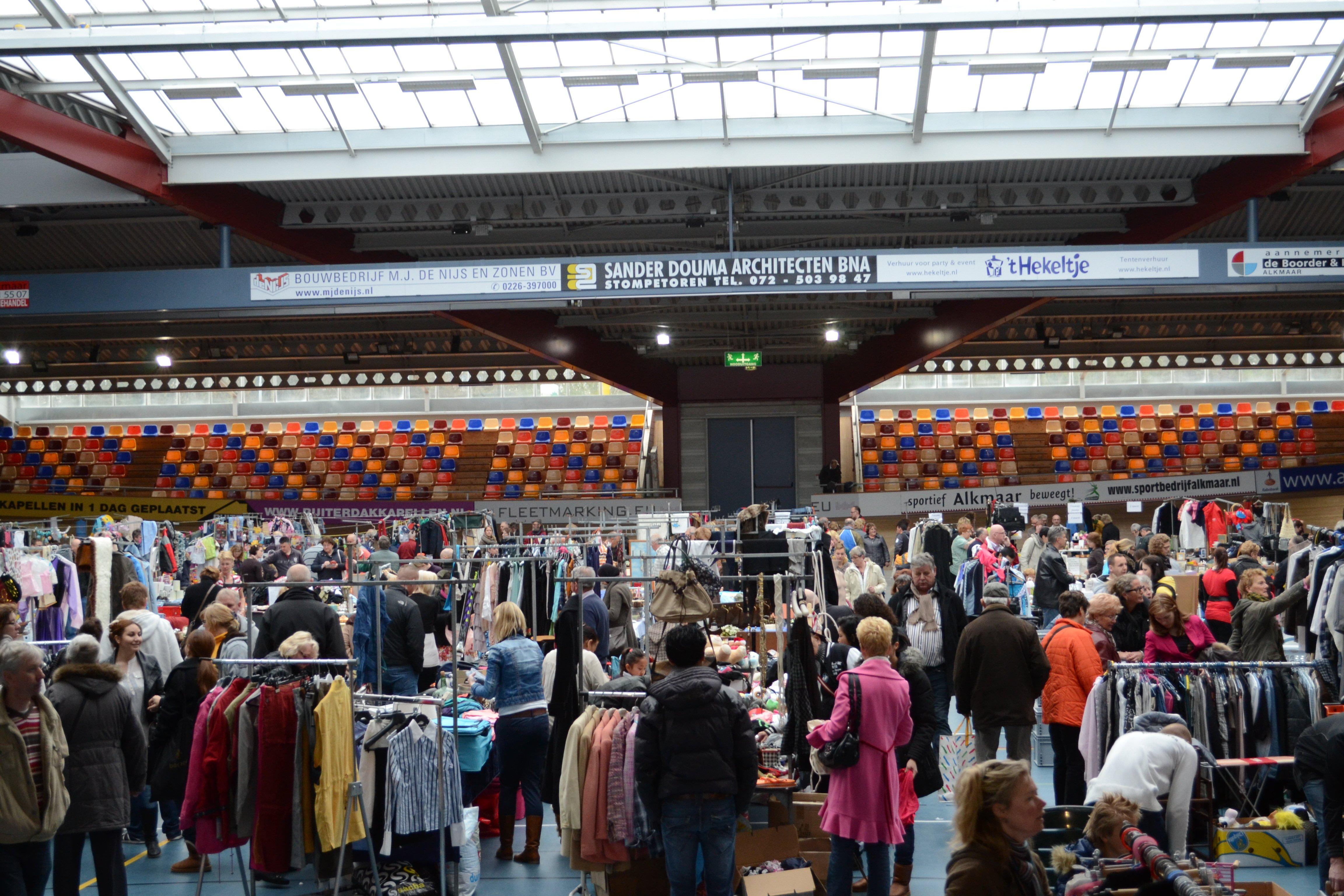 Gigantisch grote rommelmarkt  in Alkmaar