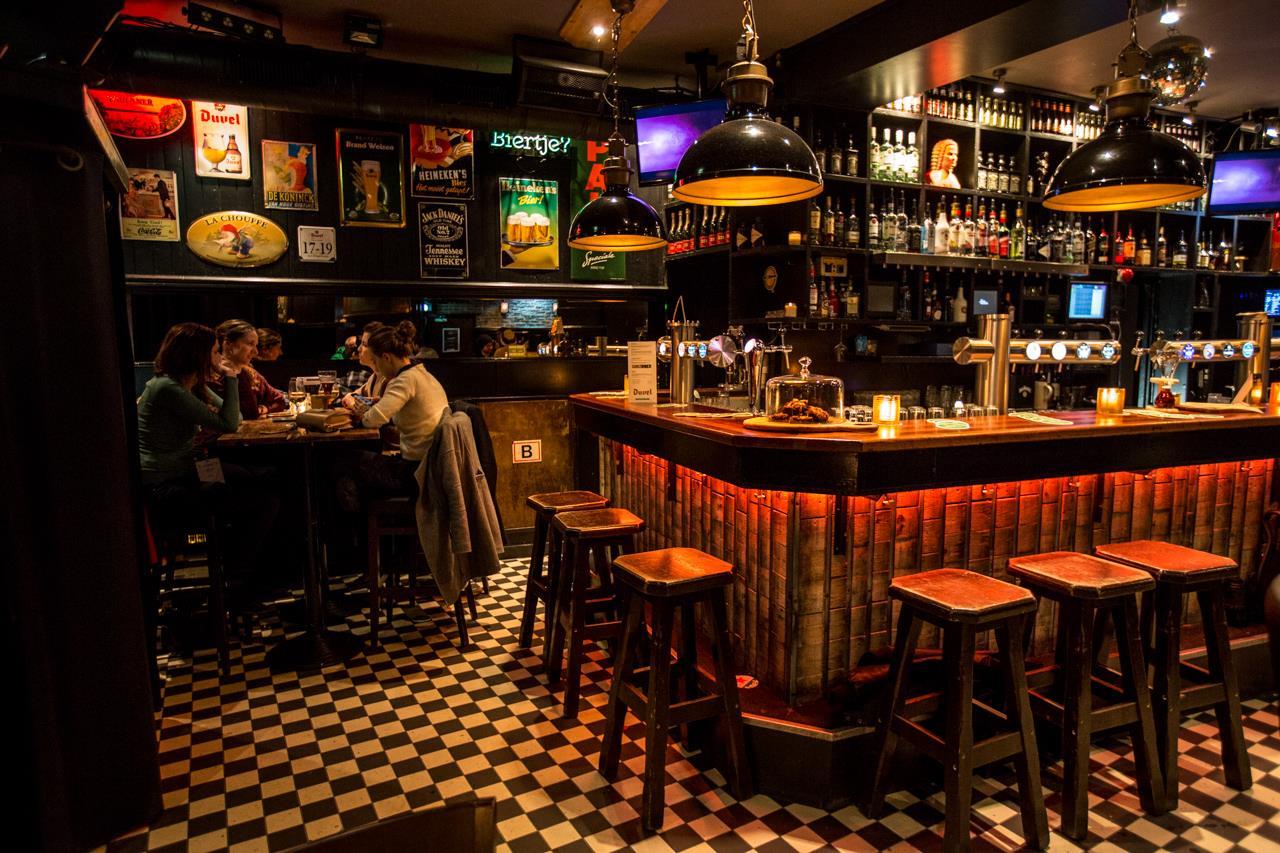 Café De Twee Heeren